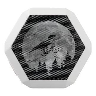 月80sのパロディが付いている空のバイクもしくは自転車に乗る人tのレックス ホワイトBluetoothスピーカー
