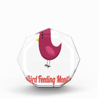 月-感謝日--を鳥食べ物を与えます 表彰盾