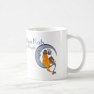 月Kat Estesのマグ コーヒーマグカップ
