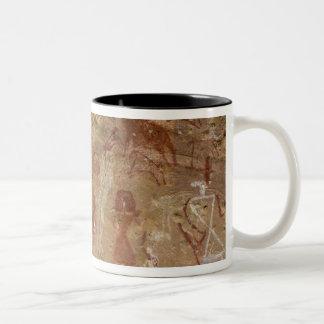 有史以前の石の絵画、Akakus、サハラ砂漠 ツートーンマグカップ