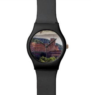 有名な城の台なし、ハイデルベルク、ドイツ 腕時計