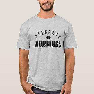 朝のワイシャツにアレルギー Tシャツ