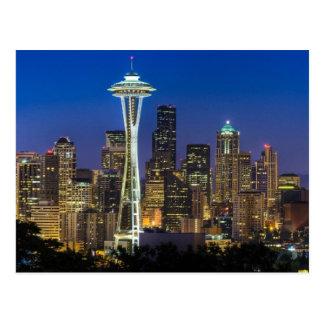 朝の時間のシアトルのスカイラインのイメージ ポストカード