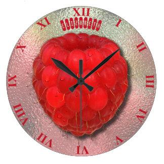 朝の結露の赤く新しいラズベリー ラージ壁時計