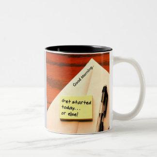 朝の3調子のマグ ツートーンマグカップ