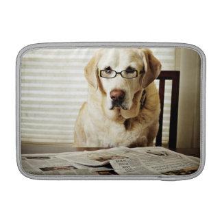 朝ルーチンの犬 MacBook スリーブ