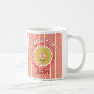 朝食のタイムのベーゲル コーヒーマグカップ