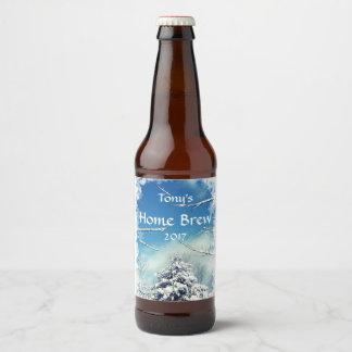木および白い雪のクリスマスビールラベル ビールラベル