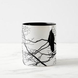 木のゴシック様式ワタリガラス ツートーンマグカップ