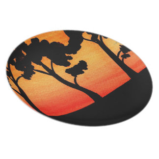 木のシルエットの水彩画 プレート