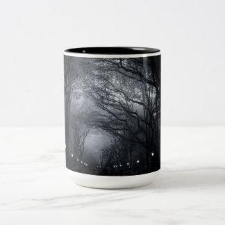 木のセントラル・パークの列 ツートーンマグカップ