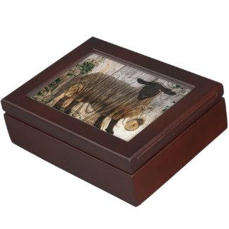 木のヒツジの年 ジュエリーボックス