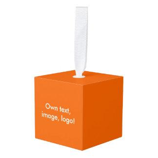 木の単立方体のオーナメントのオレンジ キューブオーナメント
