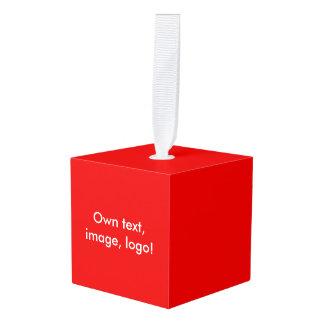 木の単立方体のオーナメントの赤 キューブオーナメント