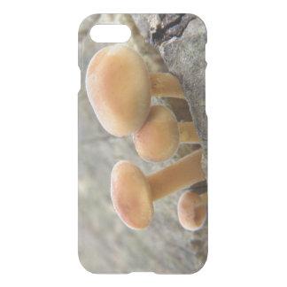 木の幹のiPhoneの例のToadstools iPhone 8/7 ケース