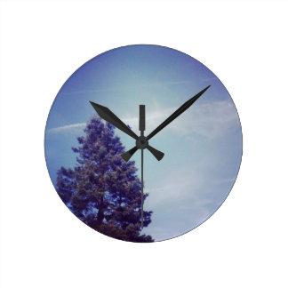 木の空は鳥を曇らせます ラウンド壁時計
