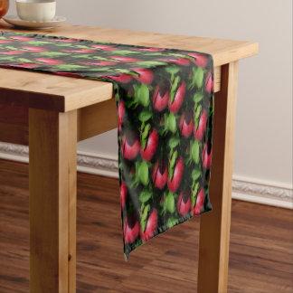 木の自然パターンのMcIntoshの赤いりんご ショートテーブルランナー
