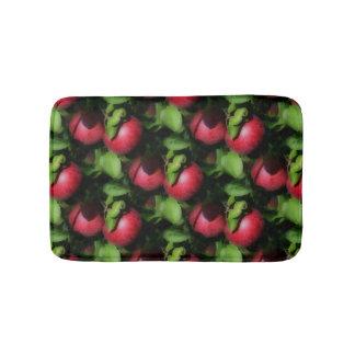 木の自然パターンのMcIntoshの赤いりんご バスマット