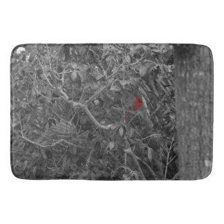 木の赤い(鳥)ショウジョウコウカンチョウ バスマット