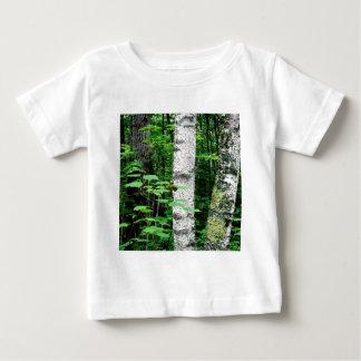 木の《植物》アスペンのトランクQueticoオンタリオカナダ ベビーTシャツ