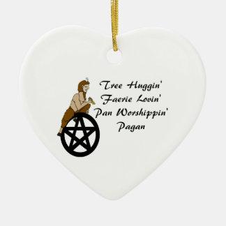 木のHugginの妖精の国の愛情のある鍋の崇拝の異教徒 セラミックオーナメント