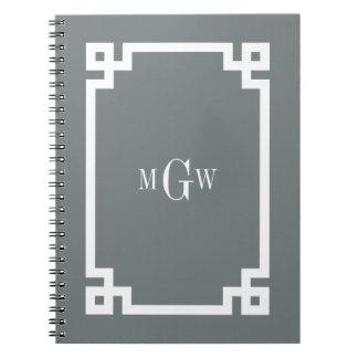 木炭白いギリシャ人の鍵#2は3 Initのモノグラムを組み立てました ノートブック