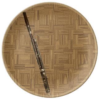 木製のタイルの効果のバスーン 磁器プレート