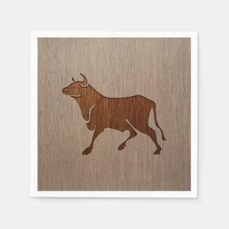木製のデザインで刻まれるBullのシルエット スタンダードカクテルナプキン