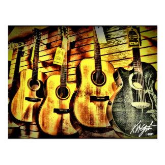 木製の穀物のアコースティックギター ポストカード