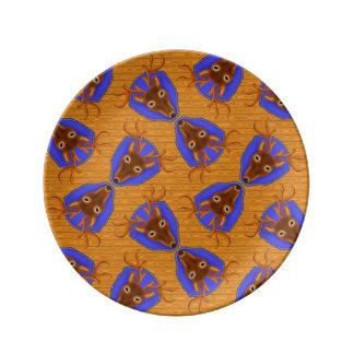 木製の穀物の8点の木びき台のシカの狩りのトロフィ 磁器プレート