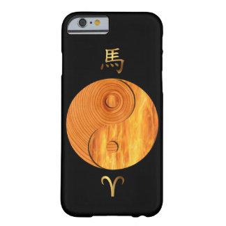 木製の馬年および牡羊座の火の印の場合 BARELY THERE iPhone 6 ケース