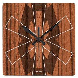 木質の正方形の抽象芸術の時計 スクエア壁時計