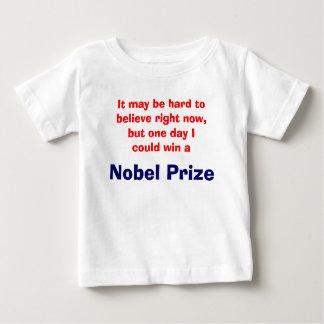 未来のノーベル賞の勝者 ベビーTシャツ