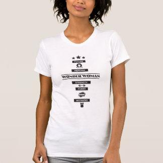 未来のヒロインのワンダーウーマン Tシャツ