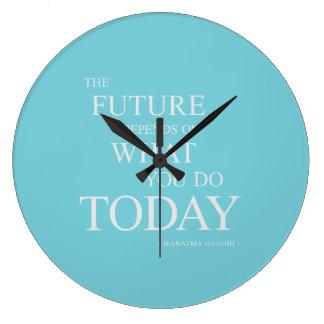 未来の活気づけるでやる気を起こさせるな引用文の青の時計 ラージ壁時計