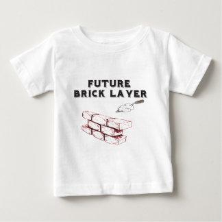 未来の煉瓦層-石工の子供 ベビーTシャツ