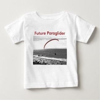 未来のParagliderのTシャツ ベビーTシャツ