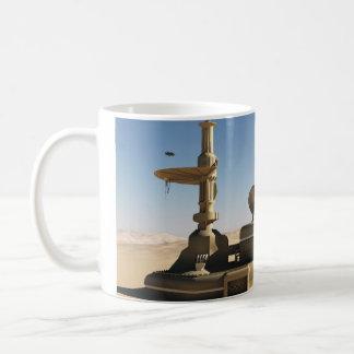 未来派のサイファイの砂漠の前哨の建物 コーヒーマグカップ