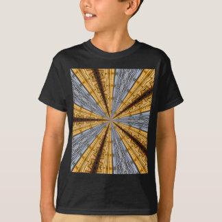 未来派の原住民 Tシャツ