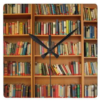 本だなの背景 スクエア壁時計