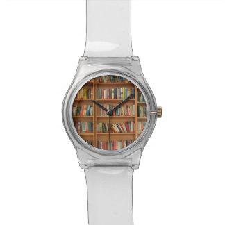 本だなの背景 腕時計