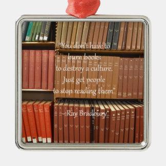 本についてのレイ・ブラッドベリの引用語句 シルバーカラー正方形オーナメント