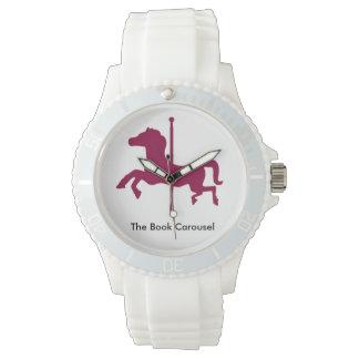 本の回転木馬の馬の白い腕時計 腕時計