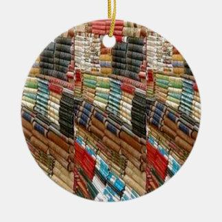本の本の虫の図書館の読書は本だなのギフトを学びます セラミックオーナメント