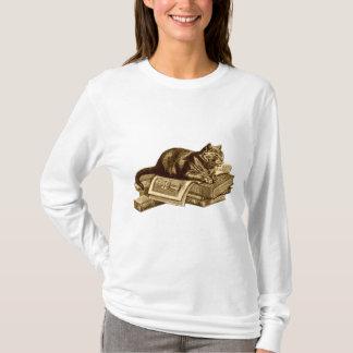 本の虫の子猫猫の読本 Tシャツ