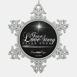 本当の決してラブストーリーの端のオーナメント スノーフレークピューターオーナメント