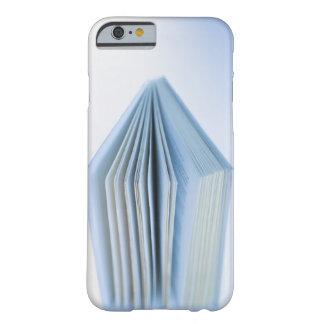 本 BARELY THERE iPhone 6 ケース