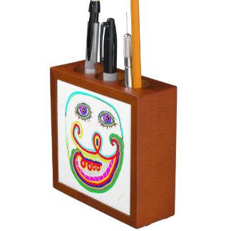 机のオルガナイザー: 装飾的な芸術NAVIN Joshi、カナダ