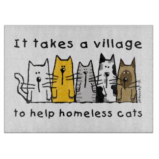村の助けのホームレスに猫を取ります カッティングボード