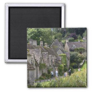 村のCotswoldの石造りのコテッジの マグネット
